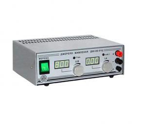 Лабораторный источник питания Д15-10-01Ц